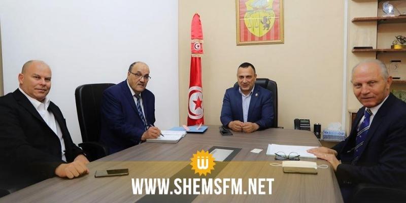 وزير الشباب والرياضة يستقبل رئيس النجم الساحلي