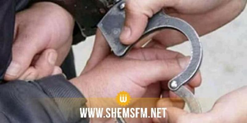 سبيطلة: القبض على شخص كان بصدد تصوير فرع بنكي