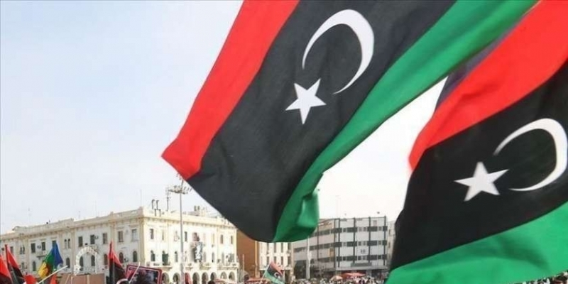 ليبيا: السراج يجتمع برئيس الأركان وآمري المناطق العسكرية