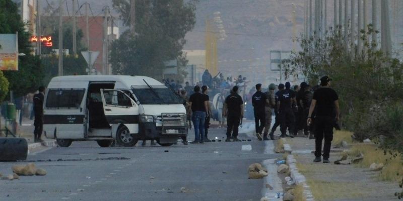 تنسقية اعتصام الكامور تُقرر الدخول في اضراب عام مفتوح بداية من يوم غد في تطاوين