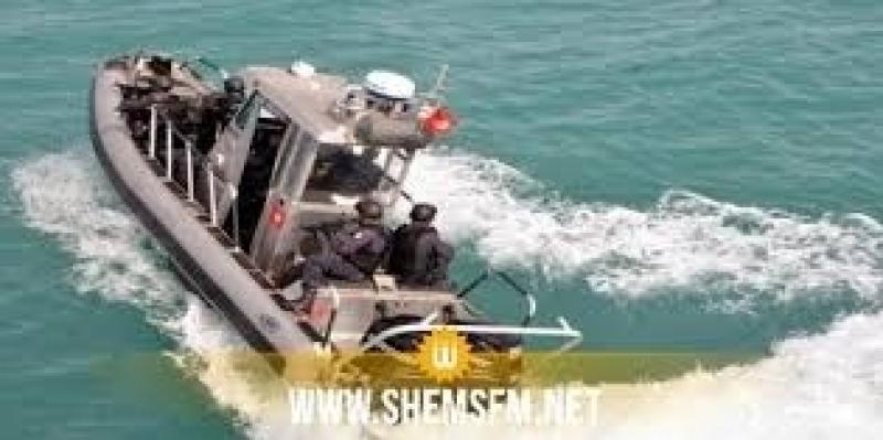 إنقاذ 12 تونسيا بصدد اجتياز الحدود البحرية خلسة تعطل مركبهم في سواحل قليبية