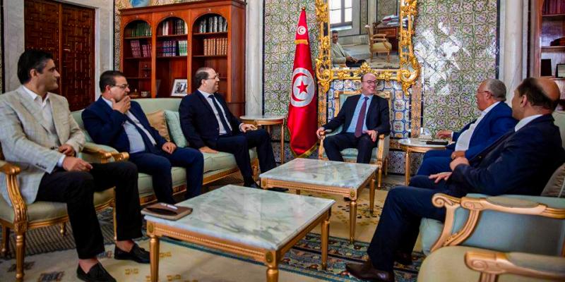 الفخفاخ يلتقي ممثلين عن أحزاب الائتلاف الحاكم