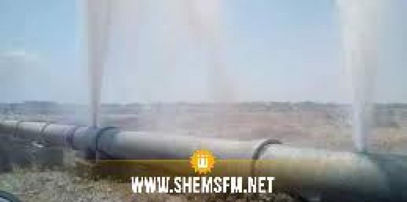 سيدي بوزيد: حادث مرور يتسبب في إنفجار قنوات جلب مياه الشرب