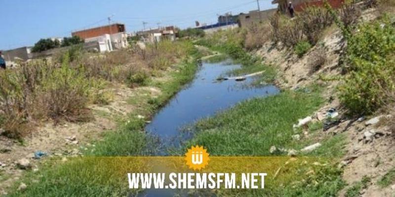 Les eaux usées asphyxient toujours Tazarka et Haouaria, sans que cela n'interpelle les autorités