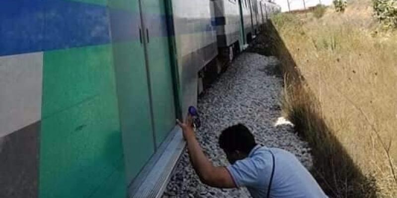 فتح تحقيق في جنوح قطار مسافرين في محطة البقالطة