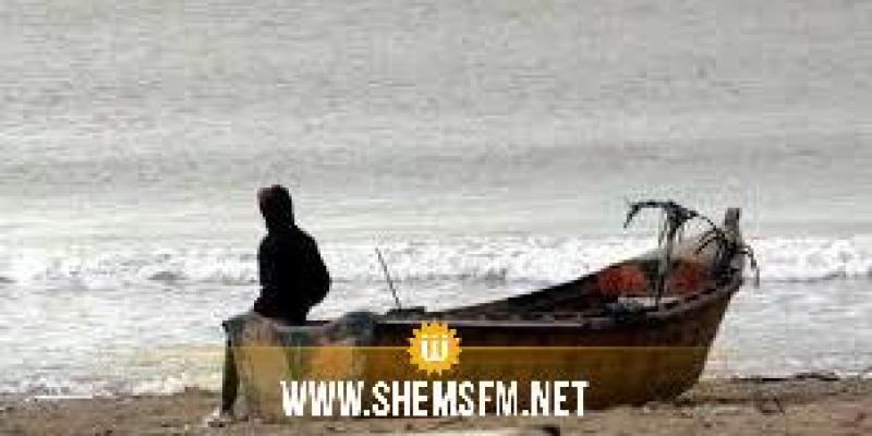 قرقنة..انقاذ 15 مجتازا للحدود البحرية بينهم فتاة بعد تعطل مركبهم