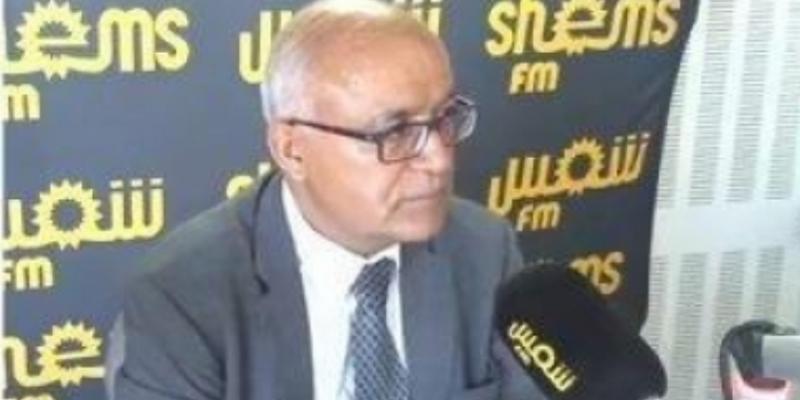 محمد صالح العياري الخبير في الاقتصاد والجباية ضيف الماتينال
