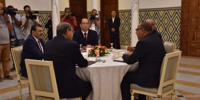 المشيشي يلتقي حاليا رؤساء الحكومات السابقين