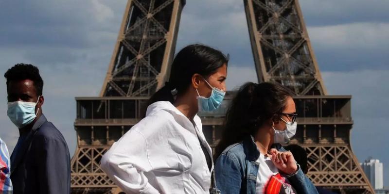 فرنسا: ارتفاع بـ30% في عدد الإصابات بكورونا