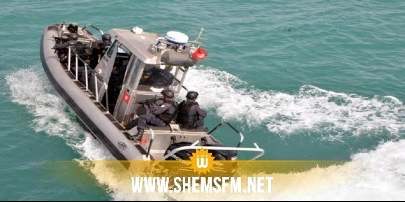 إنقاذ 7 مهاجرين تونسيين كانوا على متن قارب تسربت إليه مياه البحر