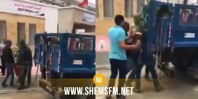 وضع الورود وأشجار الزينة لاستقبال الوزير بمدرسة إعدادية ثم اقتلاعها فور مغادرته: بلدية سوسة توضح
