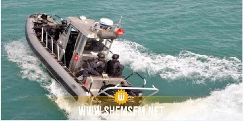 جيش البحر يحبط عملية هجرة غير نظامية بسواحل جربة ويلقي القبض على 17 شخصا
