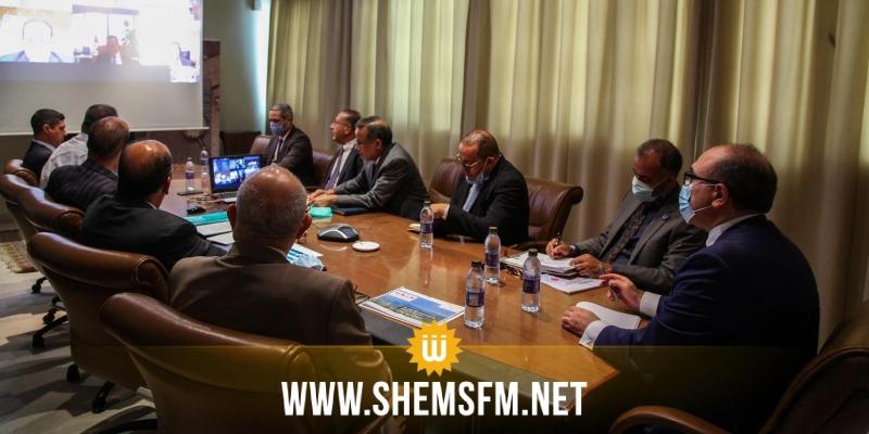 متابعة تنفيذ الإجراءات الحكومية محور جلسة جمعت وزير السياحة برؤساء البنوك والمهنيين