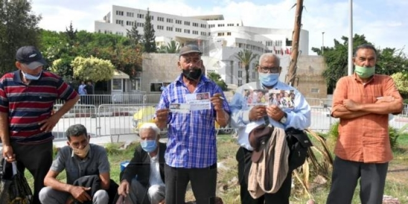 وقفة احتجاجية أمام وزارة الخارجية لأهالي شبان تونسيين بسوريا للمطالبة بإرجاعهم إلى تونس