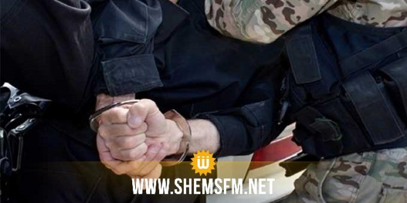المنستير: إيقاف شخص بحوزته كلاشينكوف يدوية الصنع قام بإطلاق النار على شخصين