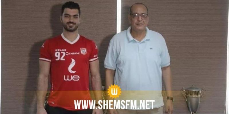 كرة اليد: الأهلي المصري يعلن تعاقده مع أسامة الجزيري