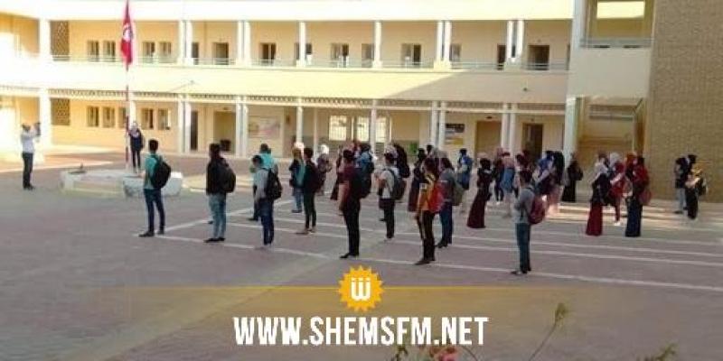 منذ العودة المدرسية: تسجيل حوالي 300 إصابة بكورونا في صفوف التلاميذ والاطار التربوي والعملة