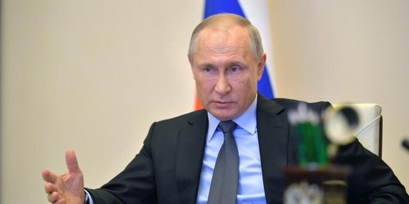 بوتين: 'تواجد القوات الأمريكية في أفغانستان يخدم الاستقرار'