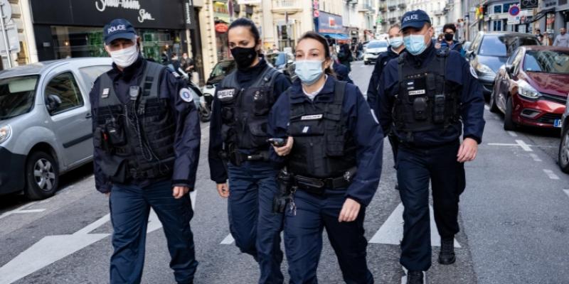 هجوم نيس: نائب فرنسي يدعو لتعليق جميع قوانين الهجرة واللجوء خاصة على الحدود الإيطالية