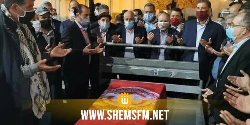 وصول جثمان النقابي بوعلي المباركي إلى تونس