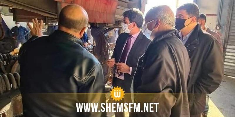 وزير النقل يؤدي زيارة الى  إلى ورشات الصيانة التابعة لشركة السكك الحديدية