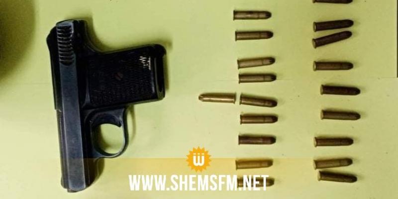 نابل: حجز مخدرات و18 قطعة أثرية ومسدس