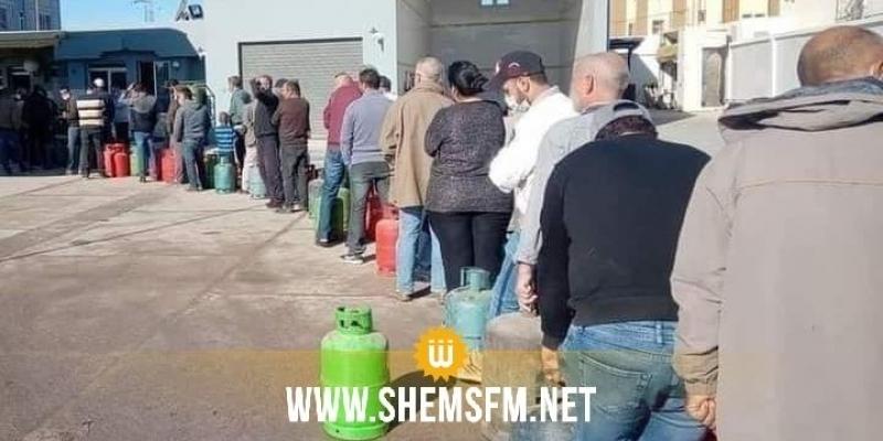 أزمة الغاز في صفاقس: عدد من سكان عين تركية يغلقون الطريق السريعة