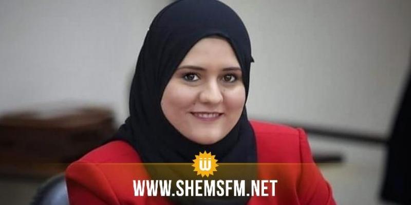 رباب بن لطيف تطالب ''بالتراجع عن الترفيع في المعاليم القنصلية''