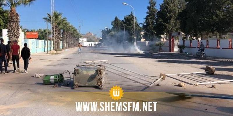 احتجاجات الشابة: تعرض اكثر من 10سيارات شرطة للتهشيم و إيقاف 12 شخصا