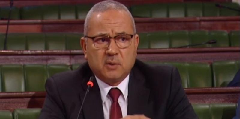 النائب لطفي العيادي  يدعو وزير الصحة للإستقالة