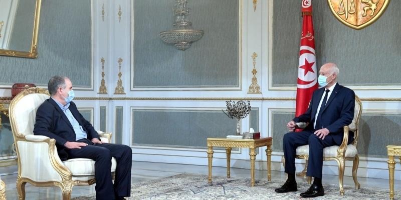 قيس سعيد يُعلن قبوله مبادرة الاتحاد العام التونسي للشغل