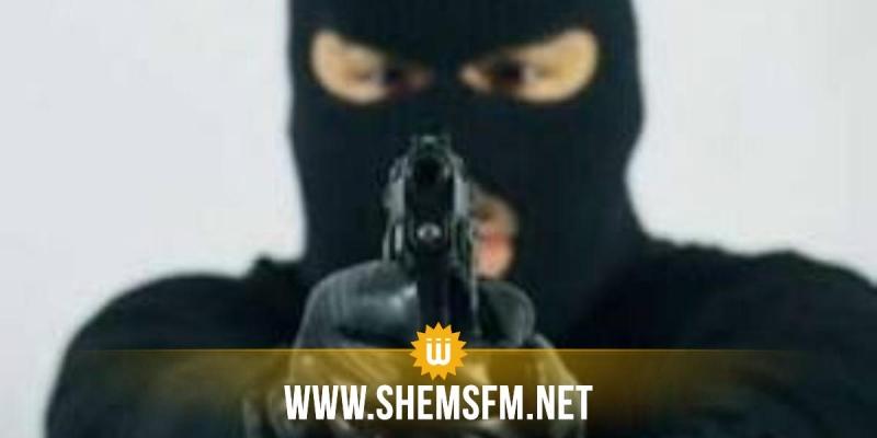 القصرين: مسلح يستولي على حوالي 100 ألف دينار من مخزن لبيع مشتقات الحليب