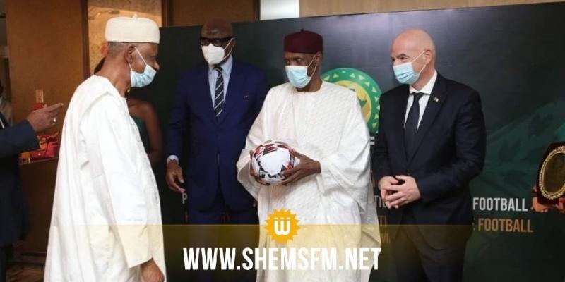 تنصيب عيسي حياتو رئيساً فخرياً للكنفدراليّة الأفريقية لكرة القدم