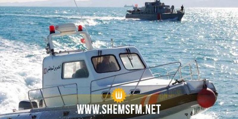 جربة: وحدات عائمة للحرس البحري تلاحق مركبي صيد بالجر