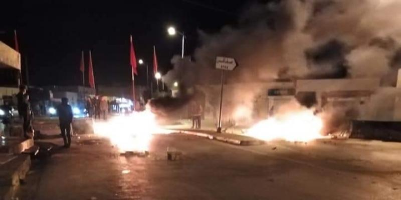 صفاقس: احتجاجات وإشعال العجلات المطاطية في جبنيانة