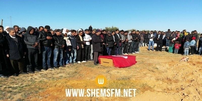 أصيب خلال الإحتجاجات: تشييع جثمان الفقيد هيكل الراشدي إلى مثواه الأخير