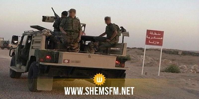 الوحدات العسكرية تتصدى لـ3 سيارات قادمة من ليبيا