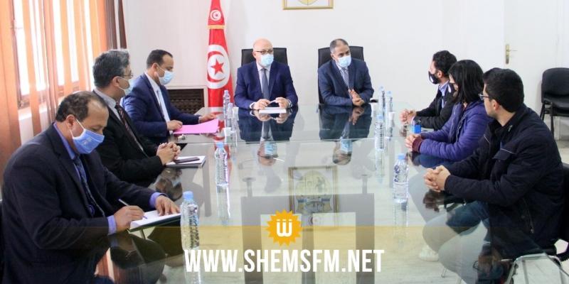 من بينها إطلاق اسم بدر الدين العلوي على مستشفى القصرين: تفاصيل الاتفاق بين الأطباء الشبان ووزارة الصحة