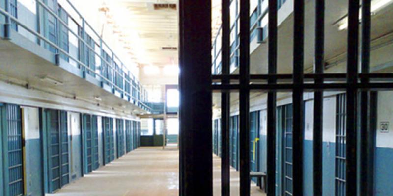 سفيان مزغيش: 'لا يوجد تقصير من سجن صفاقس بخصوص وفاة سجين مصاب بالسكري'
