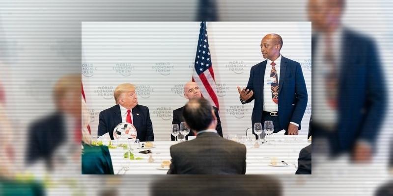 الجنوب إفريقي موتسيبي في طريقه إلى رئاسة الكاف