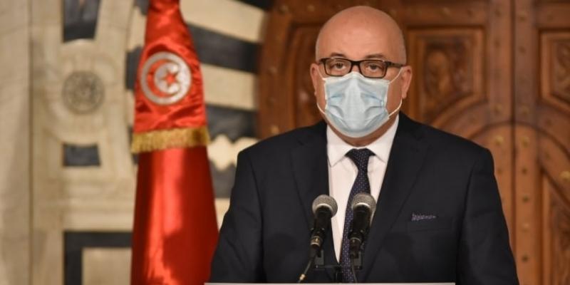 وزير الصحة يُرجّح وصول 30 ألف جرعة تلقيح مساء الغد