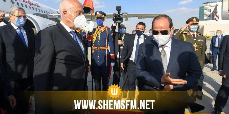بالصور.. السيسي يستقبل سعيّد بمطار القاهرة
