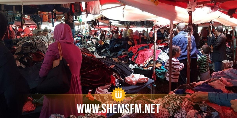 نابل: باعة الملابس المستعملة يحتجون ويرفضون القرارات الحكومية الأخيرة