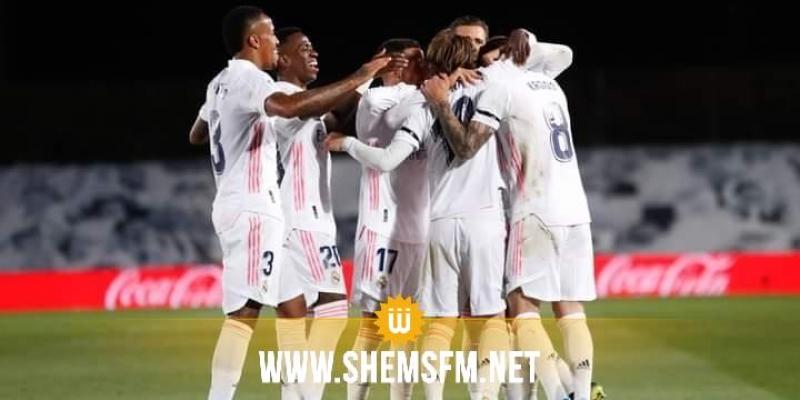 ريال مدريد يفوز على برشلونة