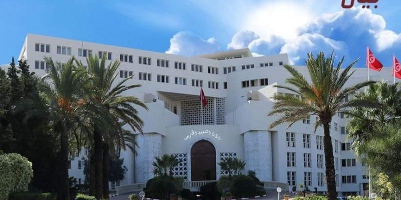 وزارة الخارجية تؤكد سلامة الجالية التونسية المقيمة في التشاد
