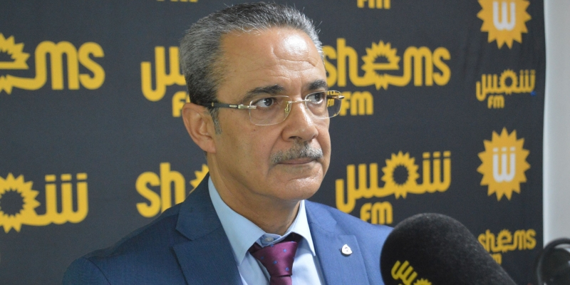 كمال بن مسعود: 'رئيس الجمهورية لا يملك إلّا خيار ختم قانون المحكمة الدستورية والإذن بنشره'