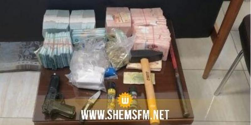 القبض على مرتكبي خلع وسرقة مكتب بريدي بالمروج  وحجز قرابة 100 ألف دينار