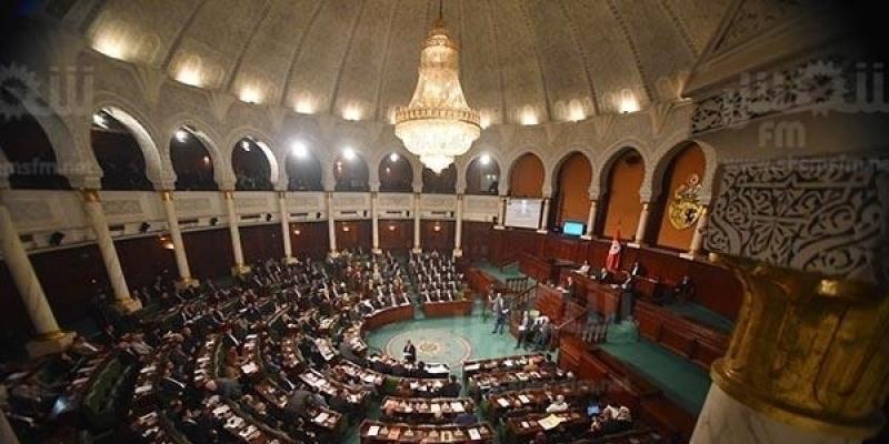 تجديد العمل بتدابير ضمان استمرارية عمل البرلمان لمدة شهر