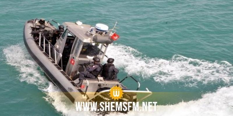 قرقنة: جيش البحر يُنقذ 9 مهاجرين غير نظاميين