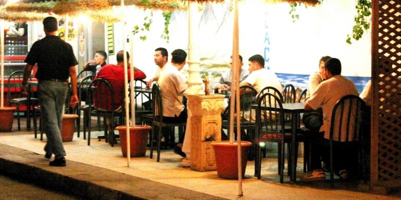 باجة: استئناف عمل المقاهي ليلا بصفة عادية